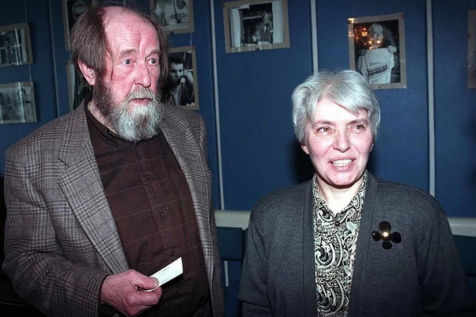 20181210_18-38-Вдова Солженицына рассказала, почему именно в «Комсомолке» была опубликована работа писателя «Как нам обустроить Россию»-pic1