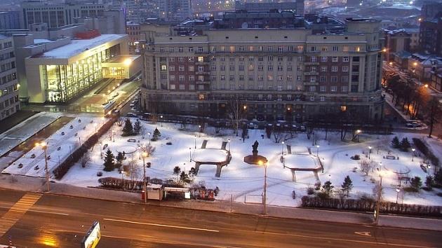 20200323_19-00-Остановку «Площадь Свердлова» в Новосибирске оставили в покое-pic1