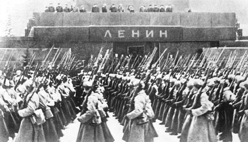 20151223-Антисоветский консенсус- От десоветизации к Майдану. Часть 2-я-pic1a