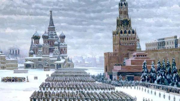 20200412-Парад Победы будут принимать с трибуны Мавзолея — интервью-pic1