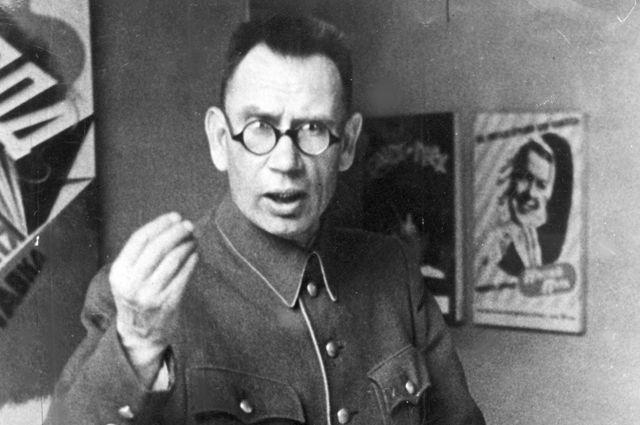 20191120_16-34-Большая ложь. Кто и как сделал генерала Власова «освободителем Праги»-pic1