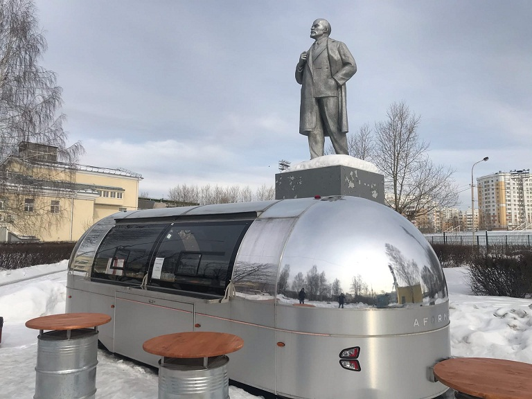20200628_17-19-Как Ленин избавился от фастфуда. Обезличенный памятник в Верхней Пышме-pic03
