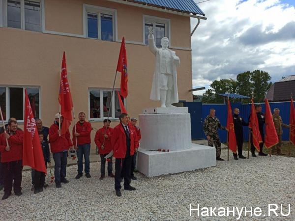 20200906_19-45-На Южном Урале восстановили памятник Сталину, который почти 60 лет пролежал на дне водоема-pic3