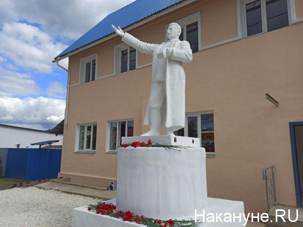 20200906_19-45-На Южном Урале восстановили памятник Сталину, который почти 60 лет пролежал на дне водоема-pic7