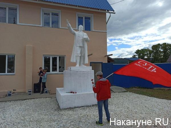 20200906_19-45-На Южном Урале восстановили памятник Сталину, который почти 60 лет пролежал на дне водоема-pic8