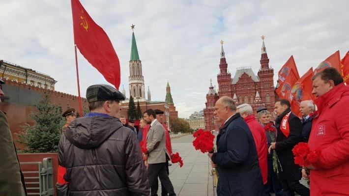20200912_11-52-Зюганов оценил конкурс концепций Мавзолея без Ленина-pic3