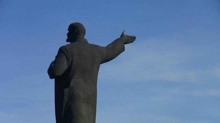 20200912_11-52-Зюганов оценил конкурс концепций Мавзолея без Ленина-pic4
