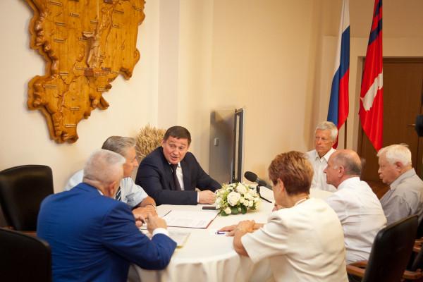 20160823-Ветераны волгоградского региона предложили дать аэропорту имя «Сталинград»