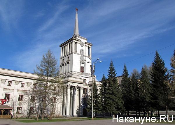 20200305_11-53-В Екатеринбурге в годовщину смерти Сталина предложили восстановить барельеф вождя на Доме офицеров-pic1