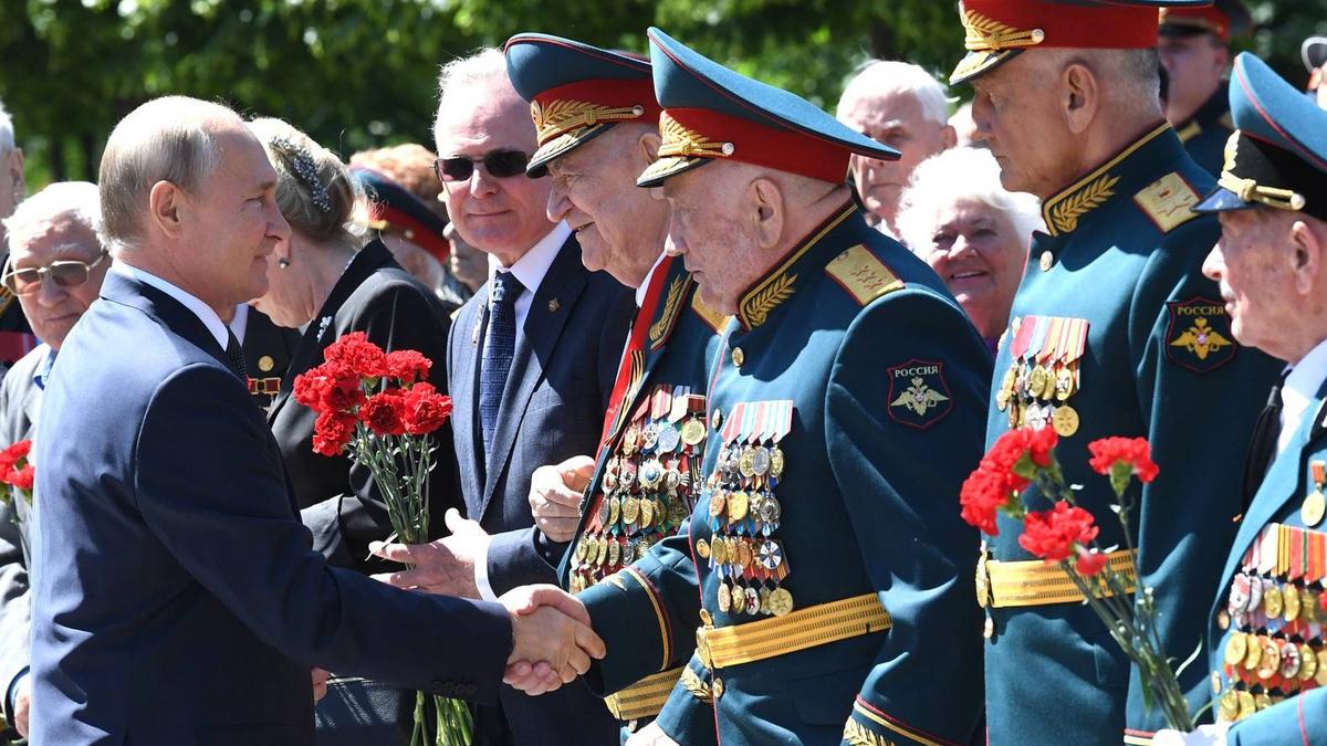 20210414-Союзники Навального Зачем чиновники оскорбляют ветеранов-pic9