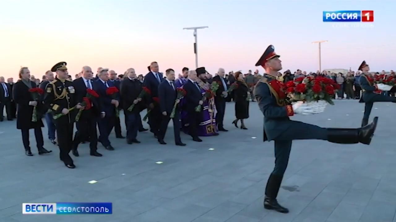 20210422_21-05-В Севастополе открыли памятник жертвам гражданской войны-pic12
