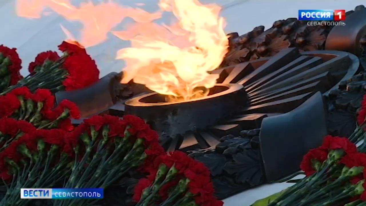 20210422_21-05-В Севастополе открыли памятник жертвам гражданской войны-pic13