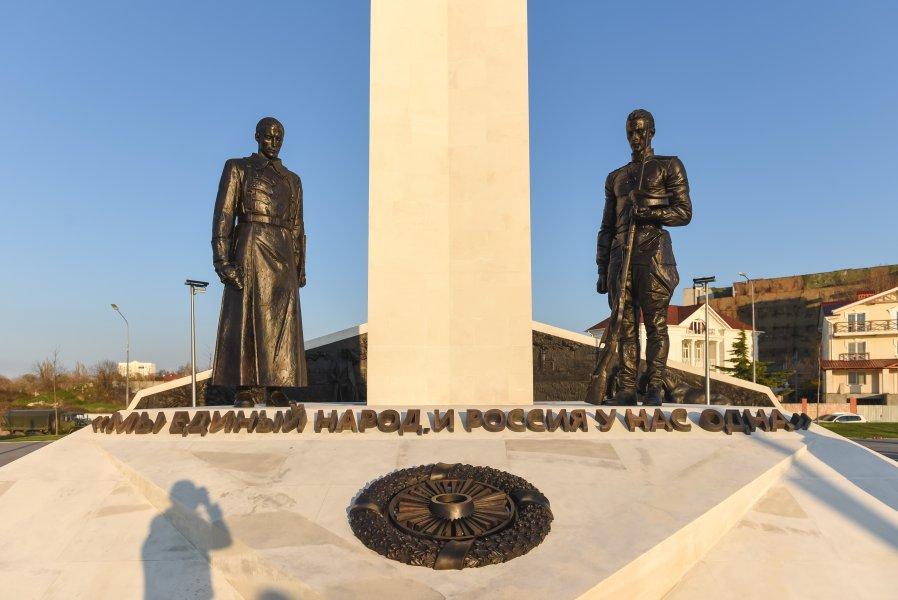 20210422_22-52-В Севастополе открыли памятник, посвященный 100-летию окончания Гражданской войны в России-pic2