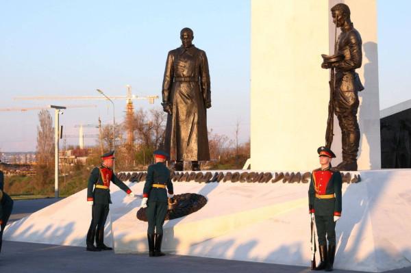 20210422-Памятник, посвященный жертвам Гражданской войны в России, открыт в Севастополе-pic21