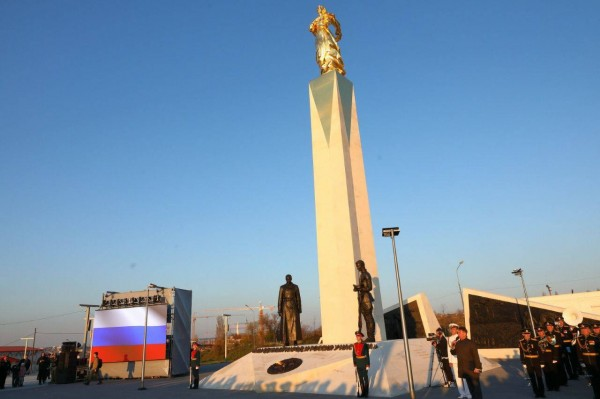 20210422-Памятник, посвященный жертвам Гражданской войны в России, открыт в Севастополе-pic30