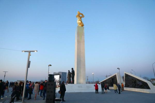 20210422-Памятник, посвященный жертвам Гражданской войны в России, открыт в Севастополе-pic32