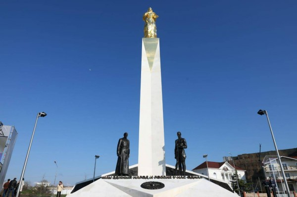 20210422-Памятник, посвященный жертвам Гражданской войны в России, открыт в Севастополе-pic1