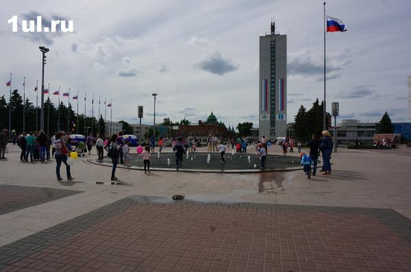 20180511_07-00-Хотят переименовать площадь 100-летия Ленина в Ульяновске-pic1