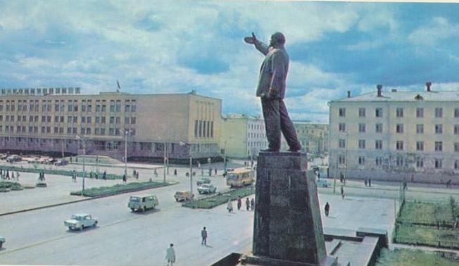 20210624_15-19-Комиссия отклонила заявление общественников о переименовании площади Ленина в Якутске-pic1