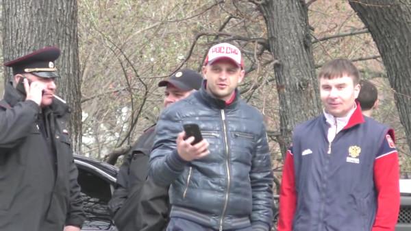 «Держать и не пущать» или как ульяновские чиновники протесты против переименования площади В.И. Ленина запрещают-pic3