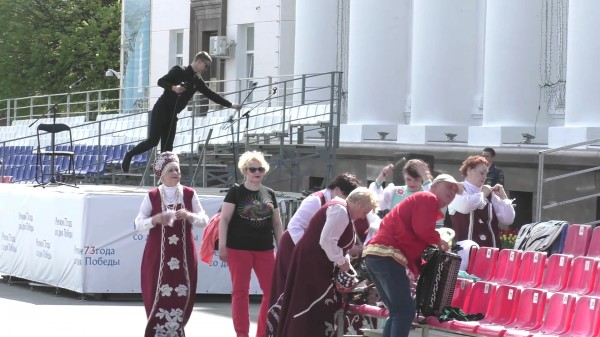 «Держать и не пущать» или как ульяновские чиновники протесты против переименования площади В.И. Ленина запрещают-pic8