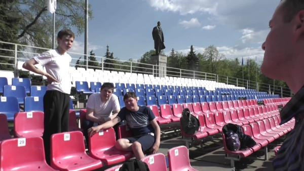 «Держать и не пущать» или как ульяновские чиновники протесты против переименования площади В.И. Ленина запрещают-pic9