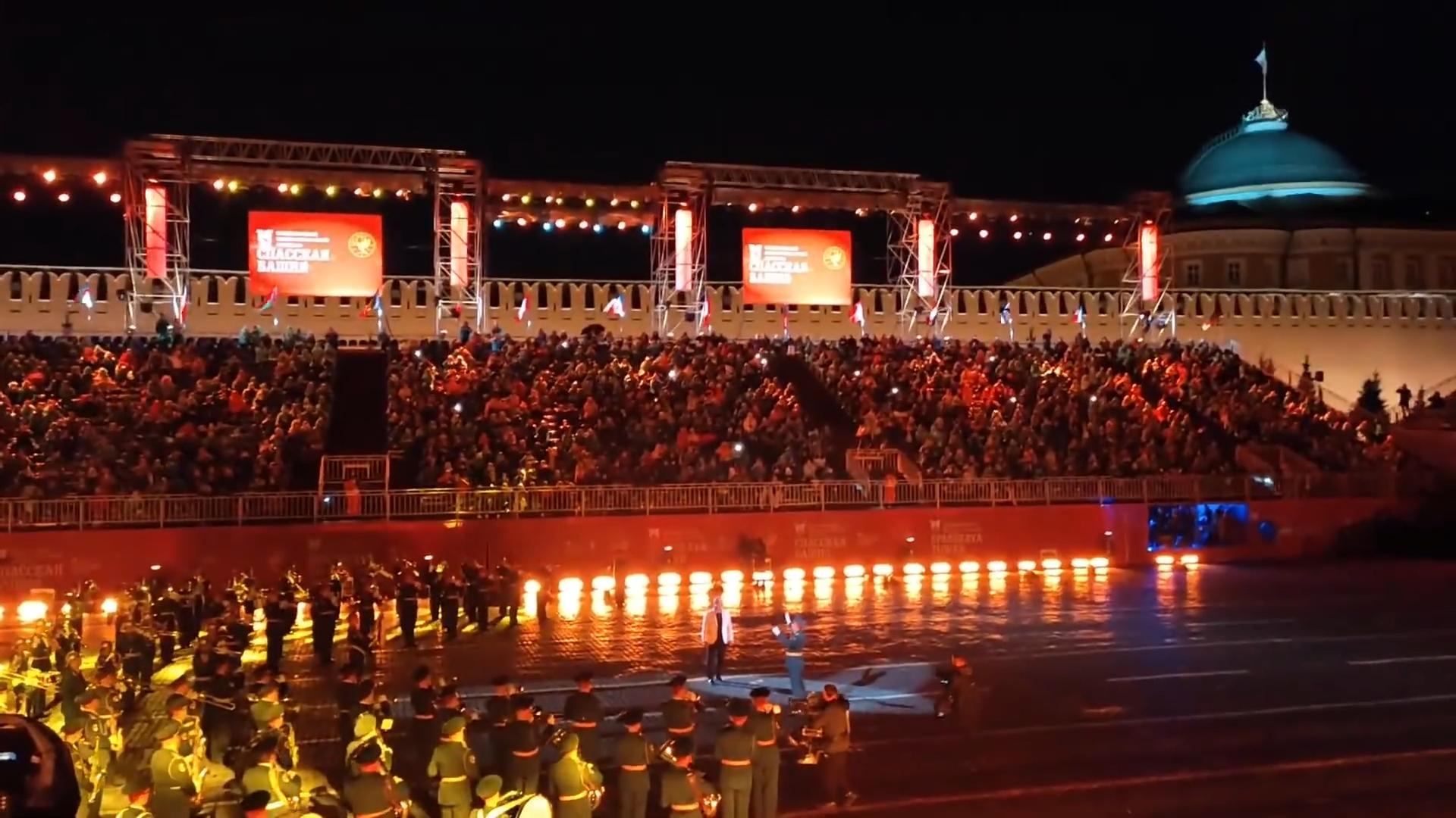 20210905-Тилль Линдеманн на Международном Фестивале Спасская Башня в Москве 05.09.2021-scr3