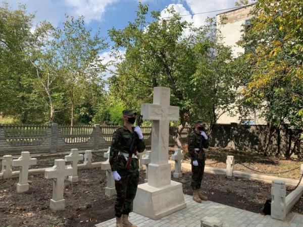 20210915_15-30-В Фалештах открылось кладбище румынских героев-освободителей-pic1