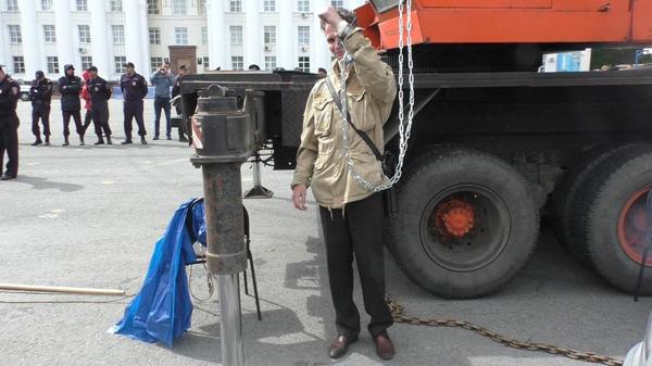 20180529_08-00-Штурм администрации и приковывание цепями- Ульяновск показал бунт за Ленина-pic6