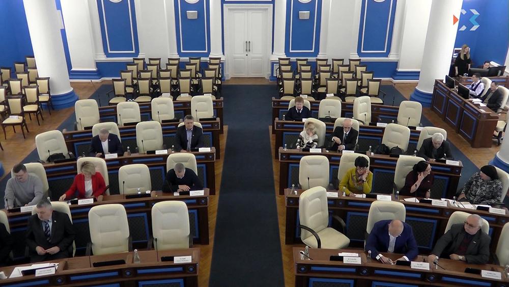 20180604_22-31-«Расскажи, чем занимался весь год» — губернатор внесет законопроект о публичном отчете депутатов