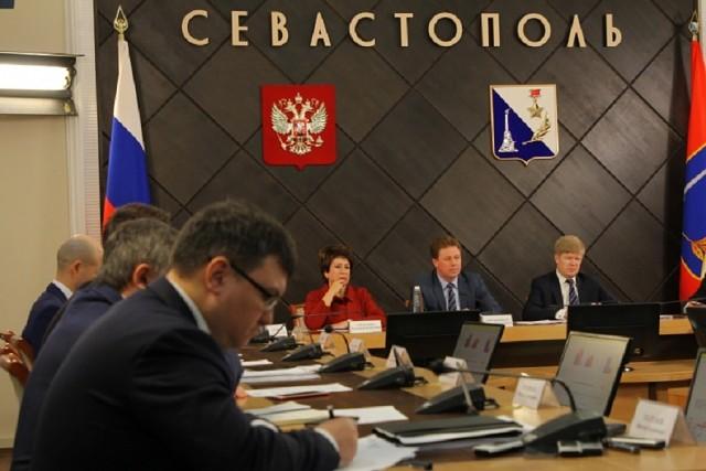 20180613_15-00-Зачем губернатор изгоняет символику суверенитета государства с герба Севастополя-pic2