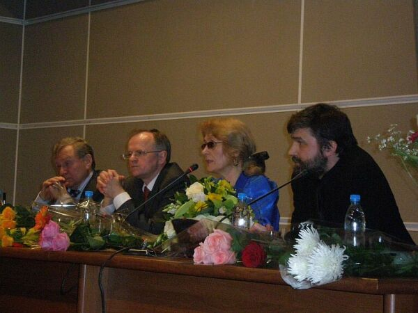 200812dd-Сквозь чад и фимиам-pic3