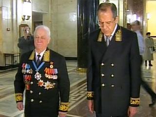 20090210_18-16-В России отмечается День дипломатического работника-pic3-Сергей Лавров лично встретился с ветеранами и поздравил их с праздником