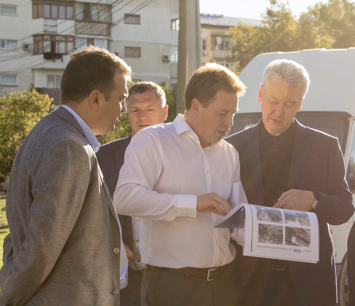 20181006_05-53-Обсудили с губернатором Севастополя Дмитрием Овсянниковым планы сотрудничества-pic1