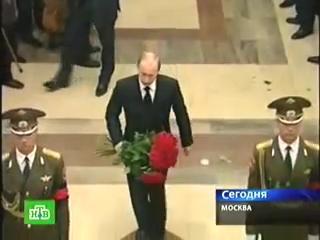 Прощание с Солженицыным -- пришли полтора человека.[(004714)2018-10-20-17-30-34]
