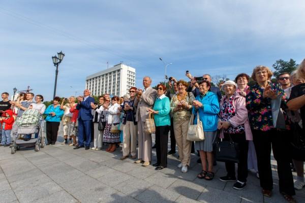 20150905-Памятник Александру Солженицыну открыли во Владивостоке-pic8