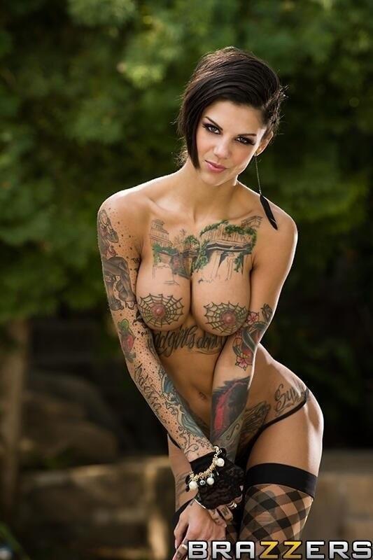 tattoo-girls-pornpics-over
