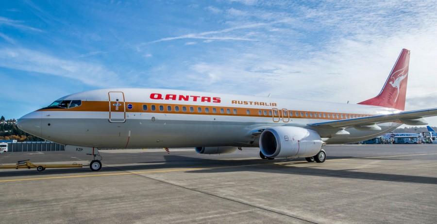 54604b7822b0423491b37254767f2254-qantas-boeing-737-retro-flying-kangaroo-livery-2500