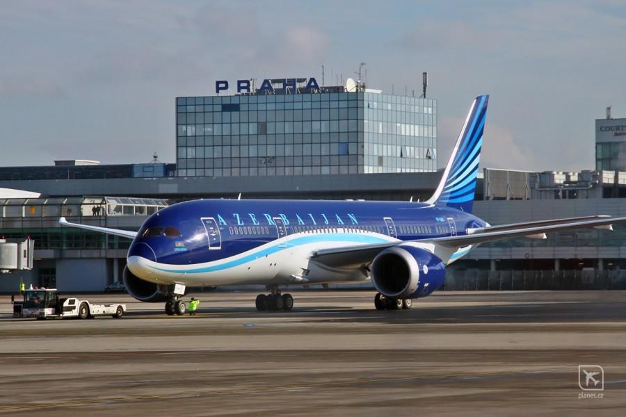 b787-8-vp-bbs-azerbaijan-airlines-ahy-j2-praha-ruzyne-prg-lkpr