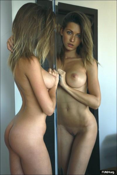 француженки голый фото