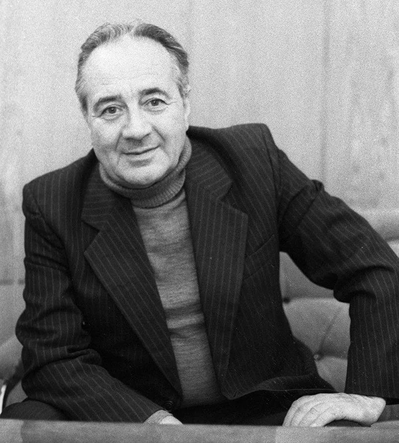Анатолий Алексин.