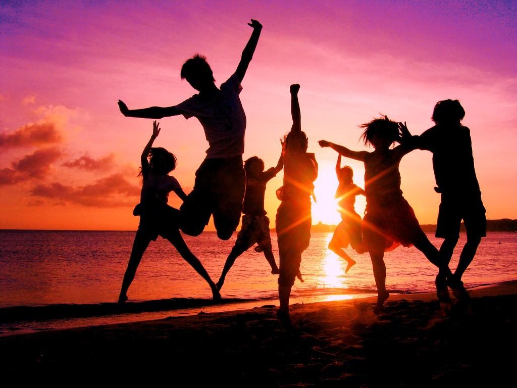 спонтанные танцы