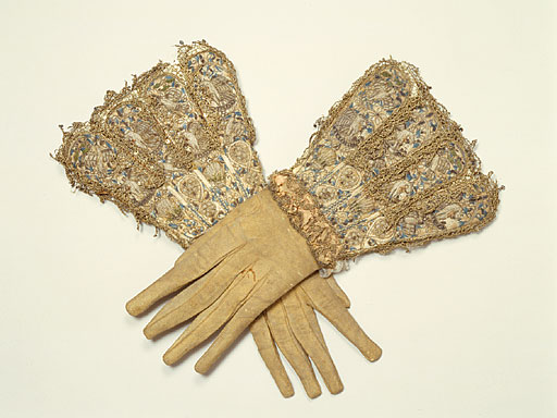 Gloves_eng_man_16c_2