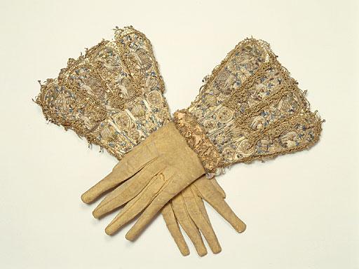Gloves_eng_man_16c_2