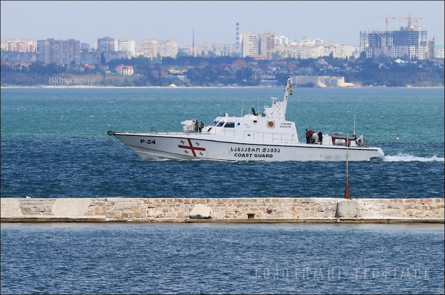 Катер береговой охраны ломбард фото