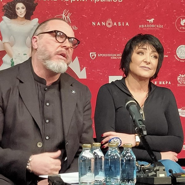 Юрий Грымов и Лолита Милявская на пресс-конференции, фото Михаила Брацило