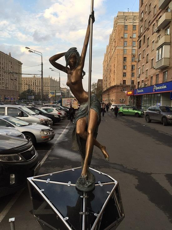 Скульптурная заставка
