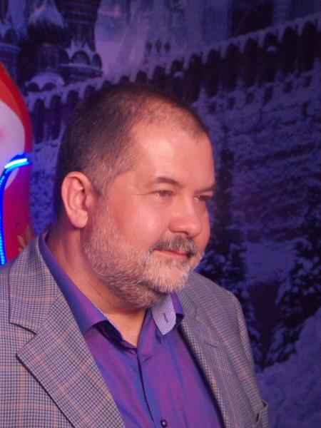 писатель Лукьяненко