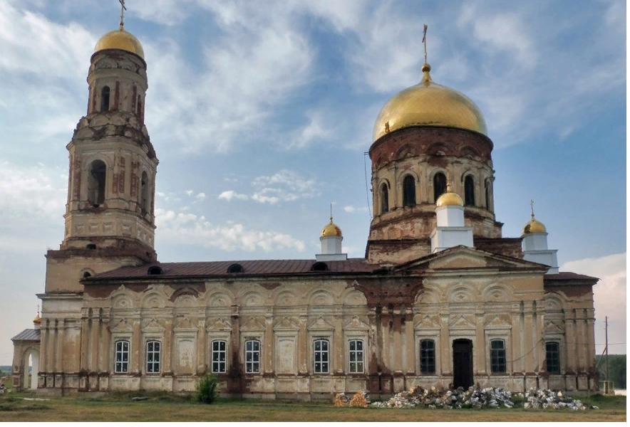 Храм Михаила Архангела, Село Маминское