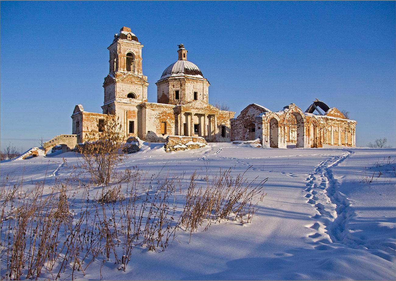 Покровский храм до реставрации